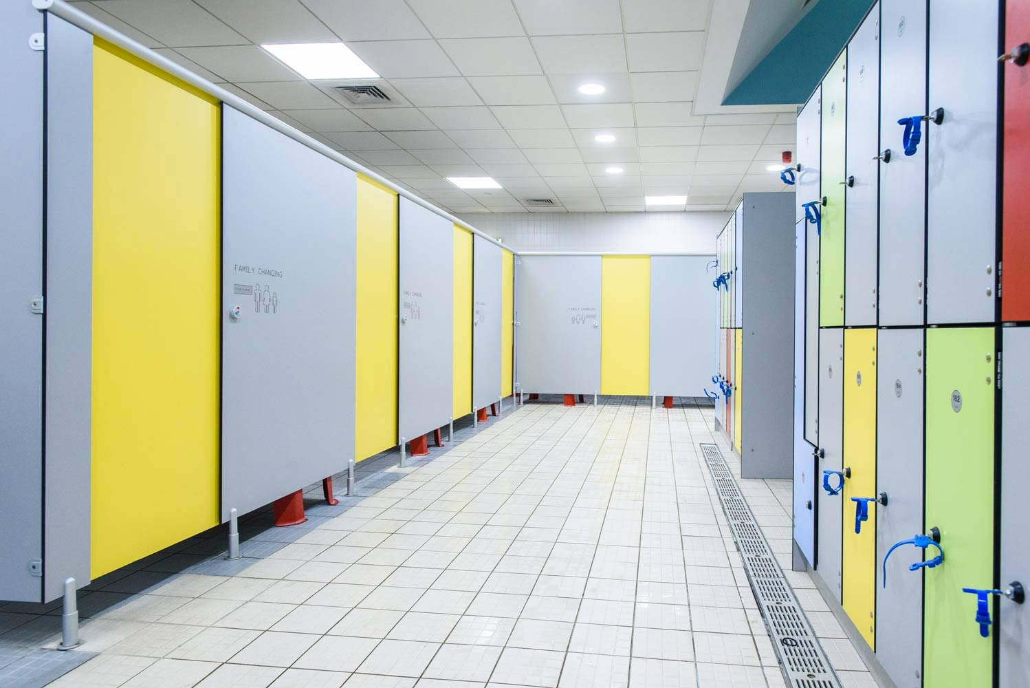 Commercial-Washroom-Cubicles